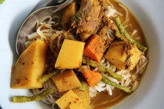 Thai Tai Pla Curry Noodle