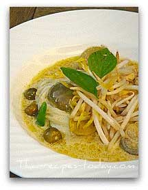 Thai green curry noodle